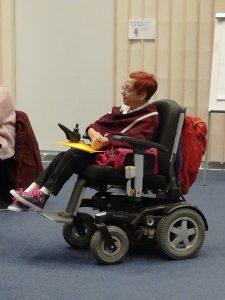 Tapaamiseen Tampere-talolle pääsi myös pyörätuolilla.